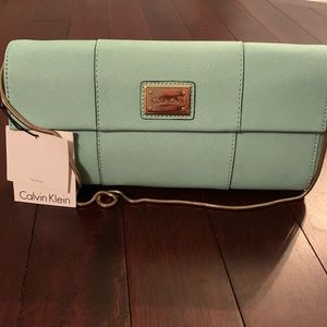 NWT Calvin Klein Mint Clutch / Shoulder Purse
